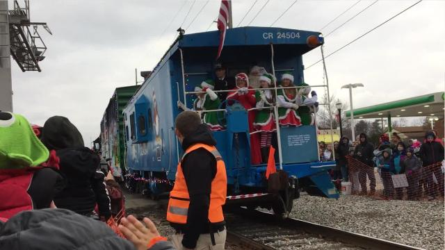 Scattered snowflakes flew as the Ashland Railway Polar Xpress brought moments of Christmas magic to Shelby on Sunday afternoon.