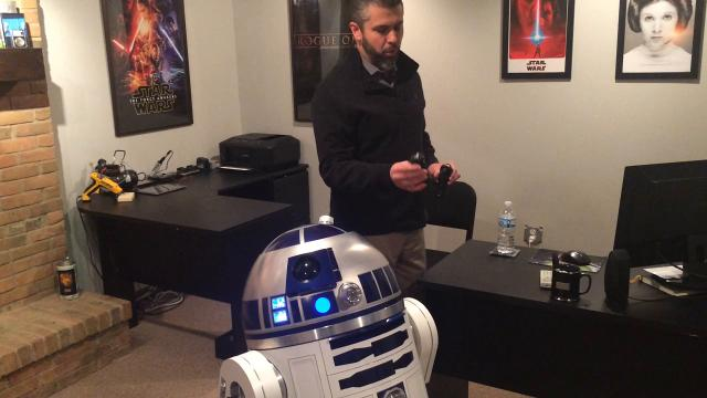 Chillicothe City Schools technology coordinator spent more than two years building the iconic film droid.