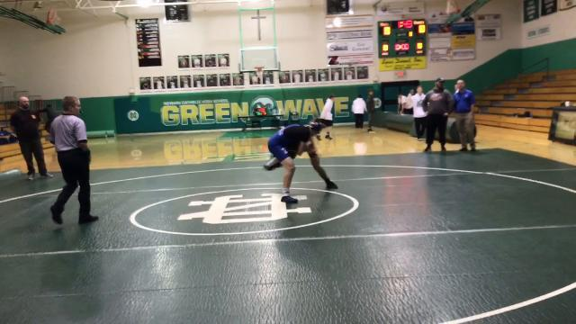 Newark Catholic hosts wrestling quad