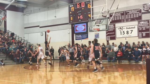 Newark boys fight off Mount Vernon upset bid