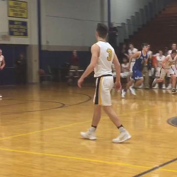 Nice passing by the Gales as Dominic Boring drains a 3-pointer.