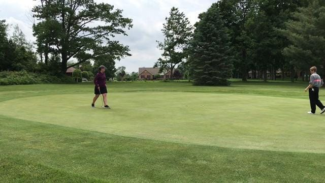 Marion Harding's Kameron Hall and Mount Gilead's Mallory Graham compete in a one-hole playoff Tuesday at Lincoln Hills after both shot 80s in the first HOJGA event of the year.