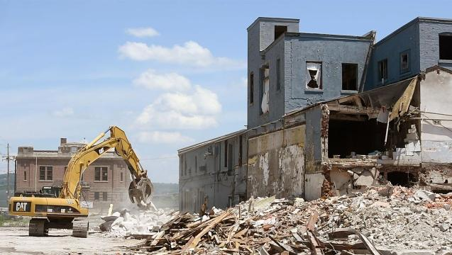 Demolition begins at Pensupreme site in York