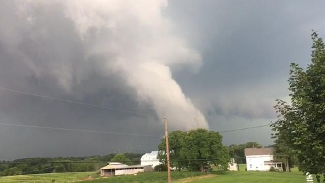 Watch: Tornado strikes Fulton County