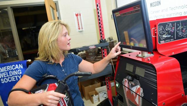 Watch: Virtual welding demonstration
