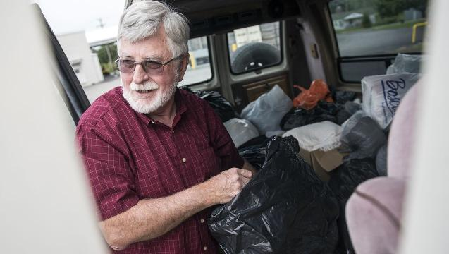 Pastor delivers donations, message of caring to migrant workers