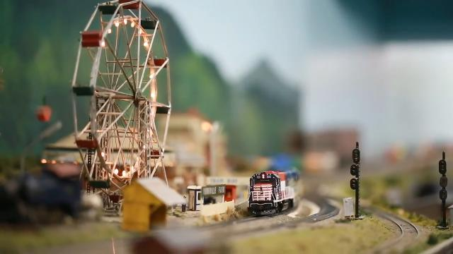 VIDEO: Miniature Railroad Club of York