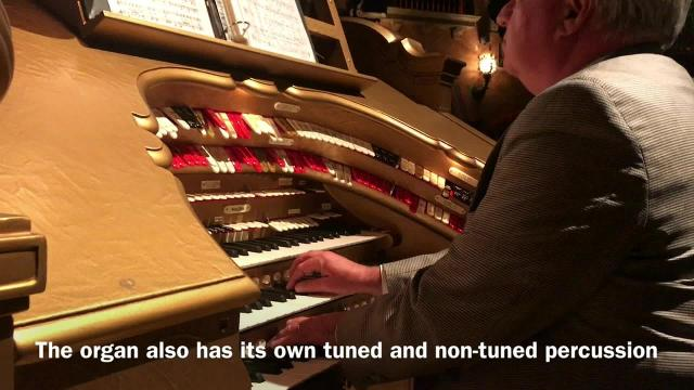 Plaza Theatre's Mighty Wurlitzer Organ