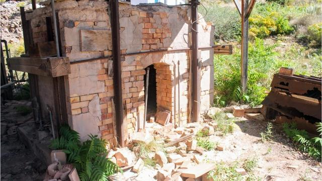The La Luz Pottery Factory, a once thriving pottery factory that had a major impact in southern New Mexico, is hoping to have the title of a National Historic Landmark in the near future due to its significance and contribution of making the small community of La Luz recognized worldwide.