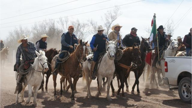 Cabalgata Binacional rides to Columbus. New Mexico