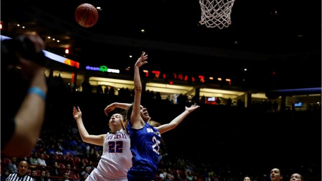 Lady Bobcats fall to Los Lunas in 5A finals