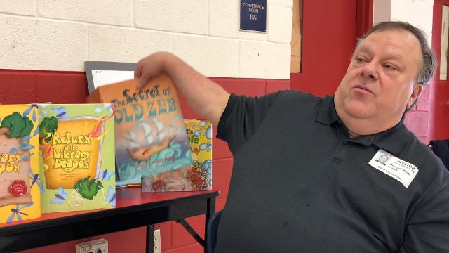 Michael P. White, an artist and illustrator will visit several El Paso Independent School District schools this week. One of those was Beall Elementary, where he worked with the students on art and show several books that he has illustrated.