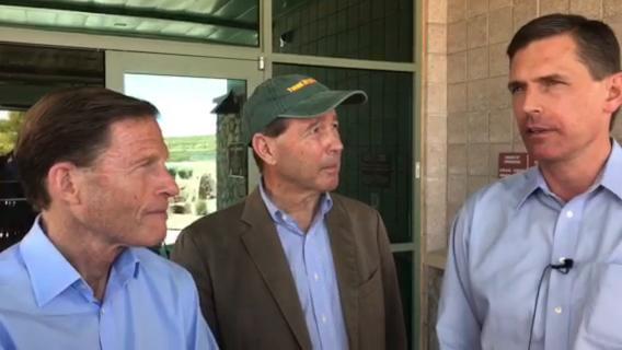 U.S. Senators visit El Paso border area