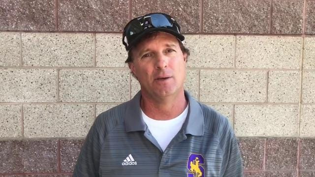 Gus Andersen talks Salinas High girls tennis and how the team is doing as they look to win their fifth-straight league title. Cowboys' No. 1 singles player, Makayla Chassion also stops by to talk this years squad, the challenges they face and more.