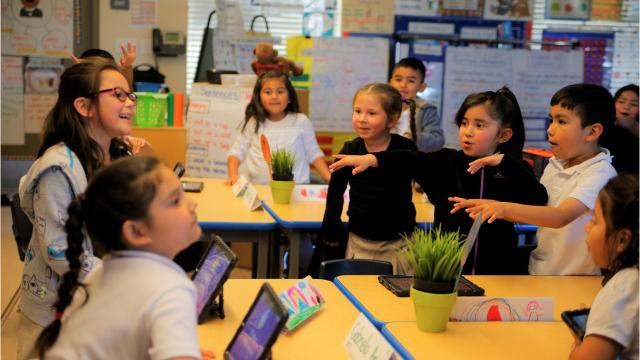 Dual immersion begins for Alisal Union School District