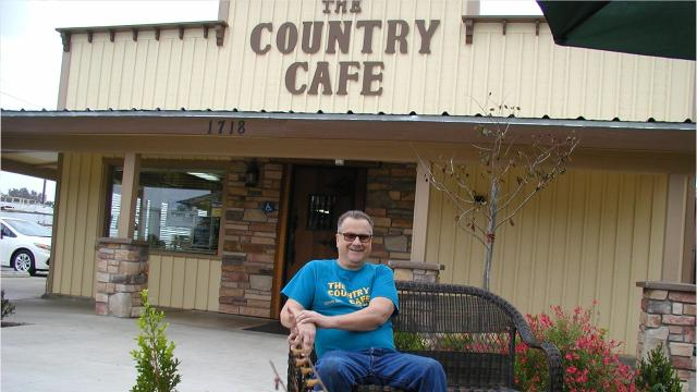 The American West lives on at the Country Café, a dining outpost at the east end of town.