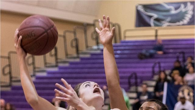 The Mission Oak High girls basketball team defeated Shafter on Wednesday to advance to the second round of the CIF State Division III Championships.