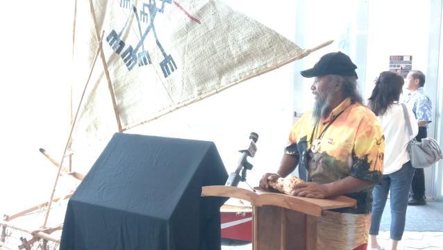 Canoe builder speaks on sakman history