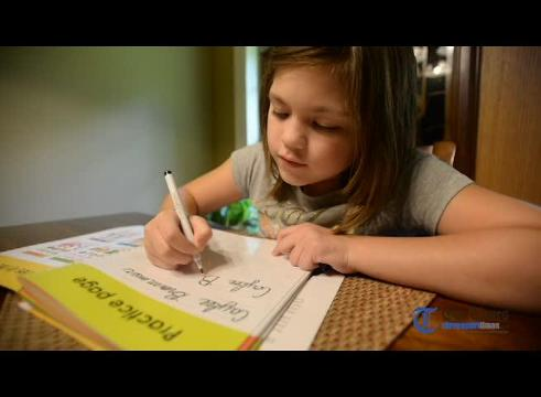 Caylee Brammer talks about Cursive Handwritting