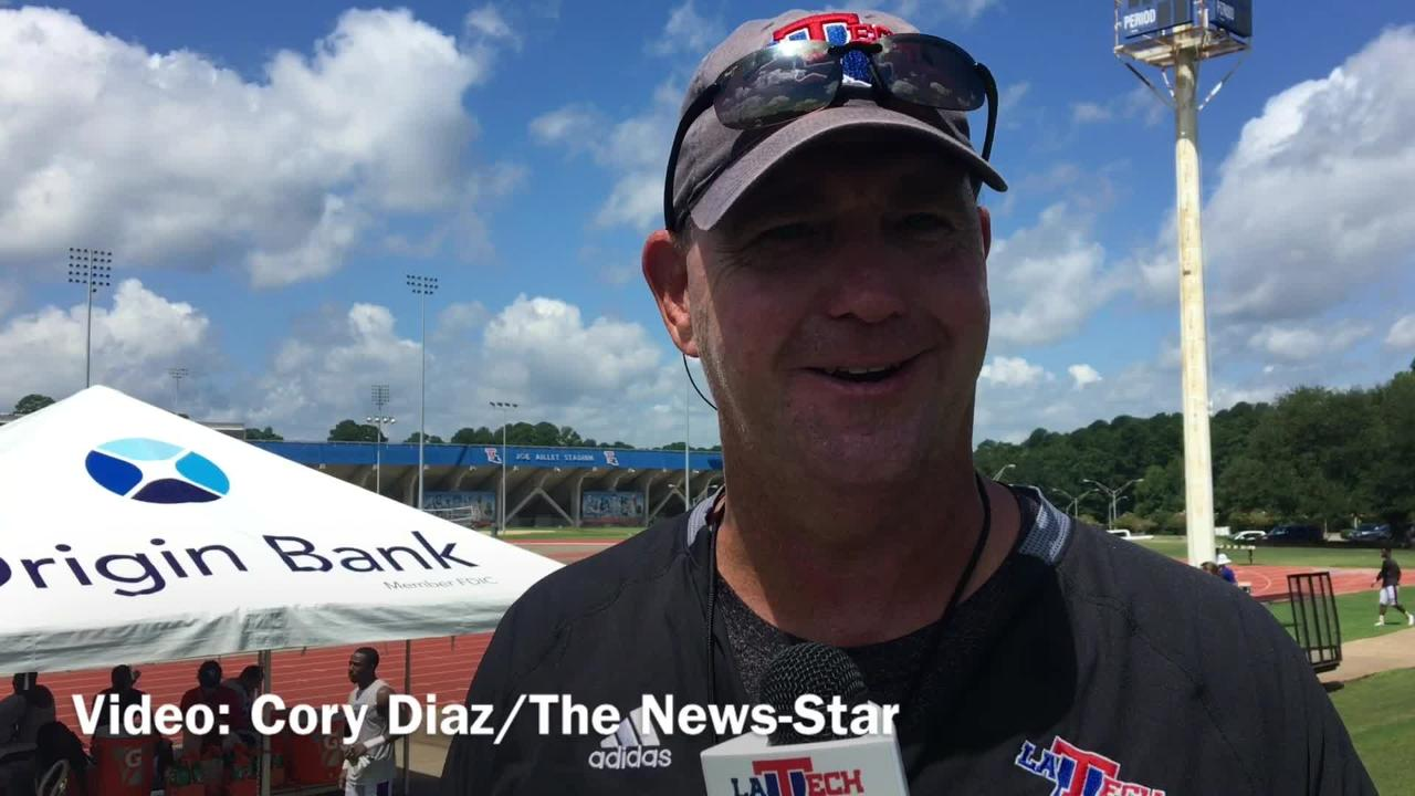 Holtz dissects offensive inconsistencies during fall camp
