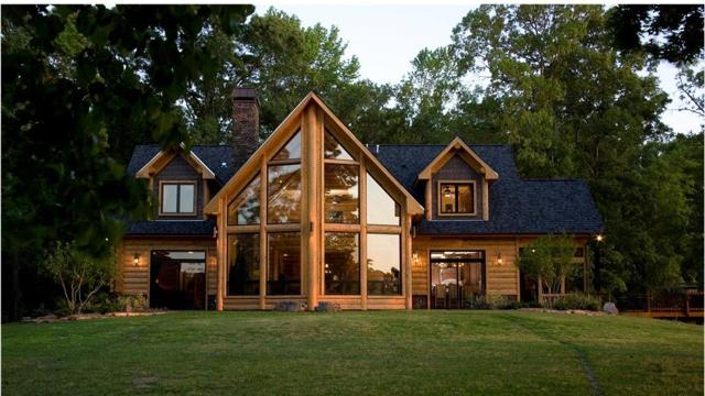 This Benton log house is built out of Western Red Cedar imported from the northern states.