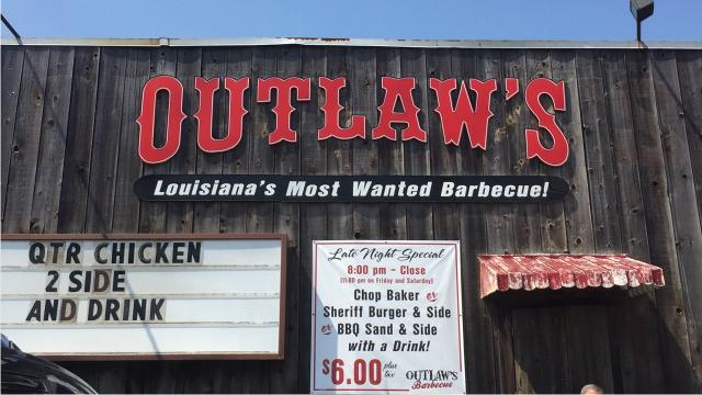 Outlaw's BBQ shows you how to make delicious ribs for Labor Day