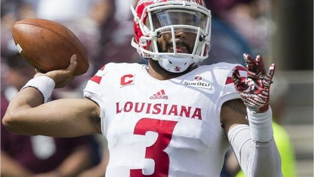 UL quarterback Jordan Davis injured his left knee in Saturday's loss at Texas A&M.