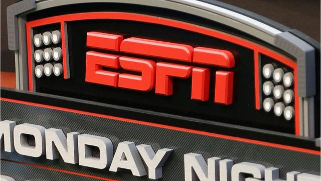Breaking tradition, ESPN will air national anthem