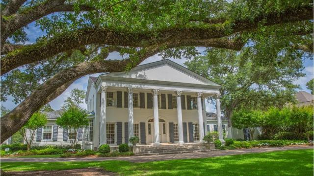Built in 1949, 320 Lakeside Drive is a Greek Revival-style home that sits on two lots overlooking Phillips Bayou in Monroe. It was completely renovated in 2012 and has 4 bedrooms.