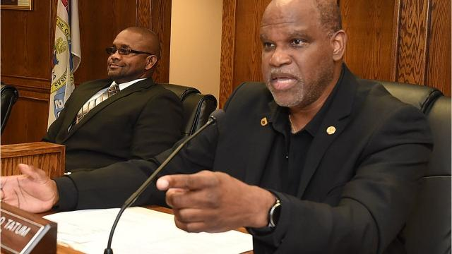 Mayor and Board of Aldermen discuss city budget during special meeting Monday.