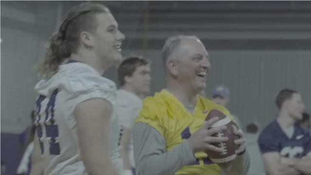 Governor John Bel Edwards (D-LA) joined the LSU Tigers football team for practice on Tuesday. An LSU spokesman says Edwards talked with the team and joined in on a few plays.