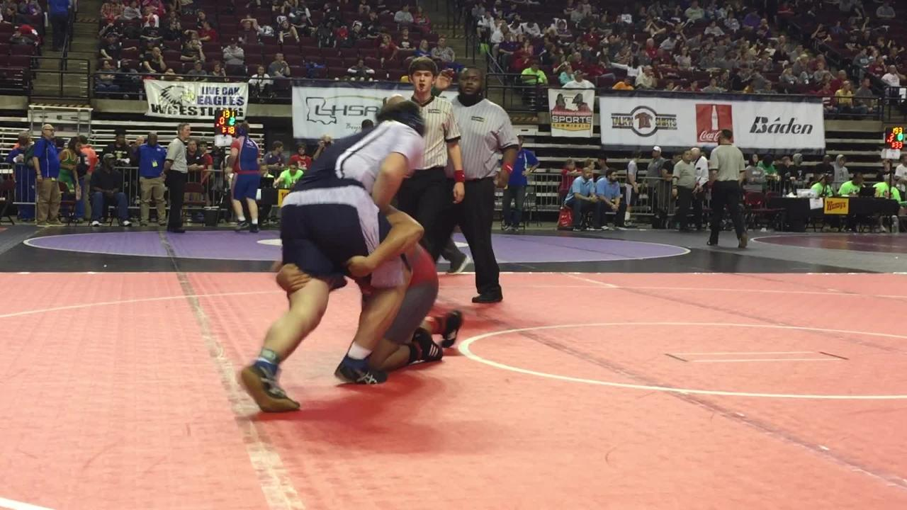 Parkway's Dez Eloph advances to state semifinals