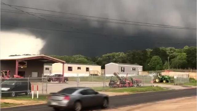 Video footage of a possible tornado behind the Deer Run Mobile Home Park in Calhoun.