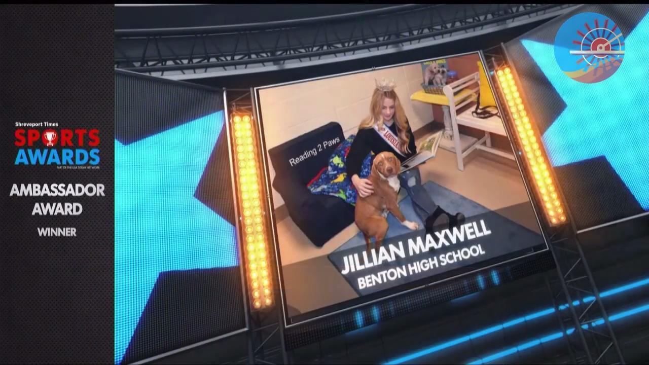 Jillian Maxwell won the 2018 Sports Awards Ambassador award.  Maxwell is a student at Benton High School.