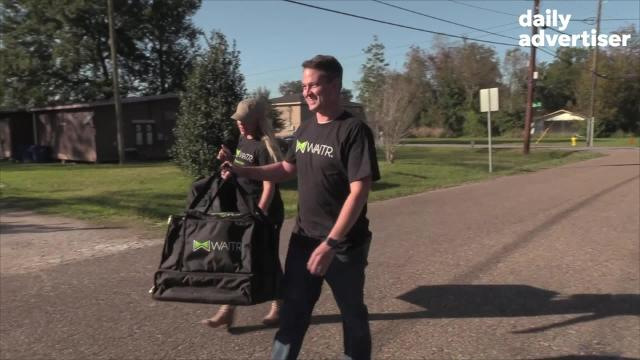 Twenty Waitr drivers pick up 100 meals  at the Saltgrass Steak House for delivery to local families in need.