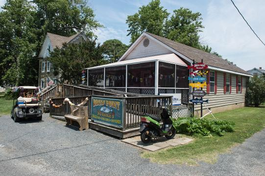 WATCH: Smith Island store draws people from afar