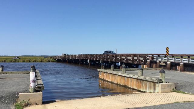 WATCH: Sen. Ben Cardin tours Blackwater refuge marsh project