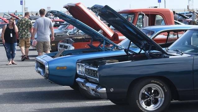 WATCH: OC Endless Summer Cruisin' 2017