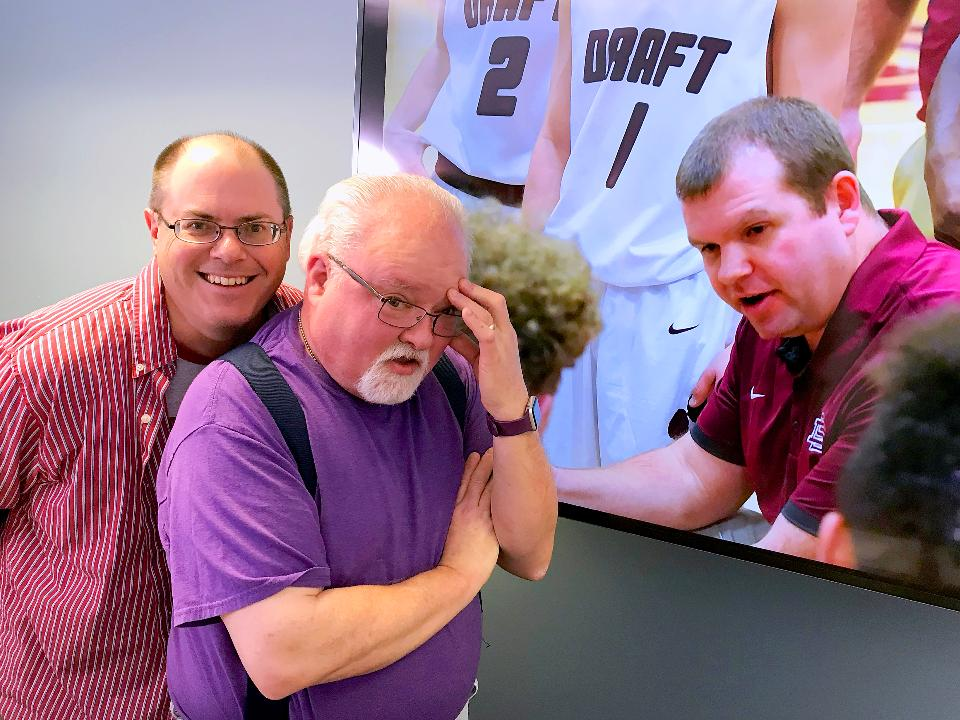 On this week's Tom & Patrick Show, the guys talk Stuarts Draft basketball with head coach Mike Gale, Lee basketball's readiness for the postseason (are they ready?), reveal their favorite ESPN 30 for 30 episodes and more.