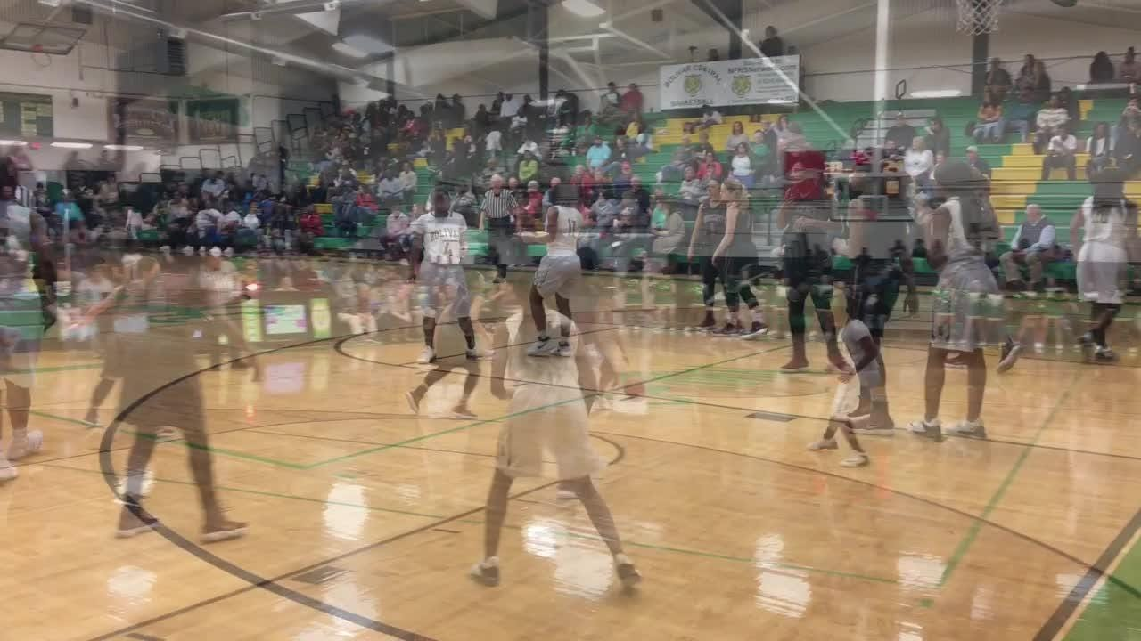 Highlights from Bolivar Central's 61-60 win over Crockett County on Jan. 5, 2018.
