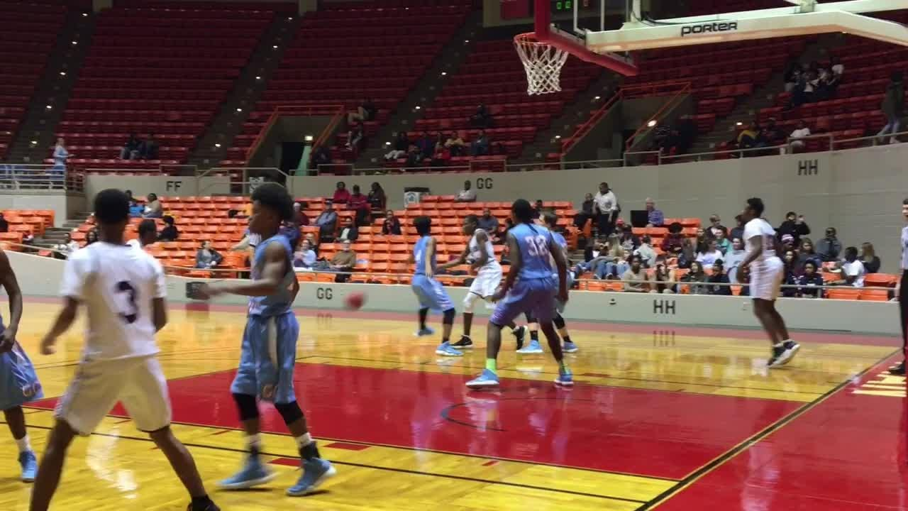 Highlights from Madison's 51-40 win over Gibson County on Jan. 26, 2018 at Oman Arena.