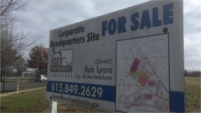 Murfreesboro and Rutherford County Chamber of Commerce officials seek to attract higher-paying corporate headquarter jobs to the city.