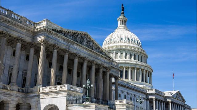 Senate delays vote on health care bill