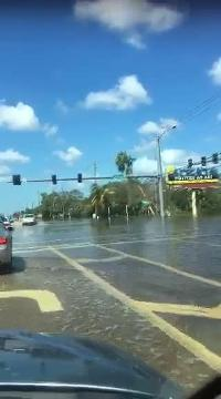 Hurricane Irma video: View on Bonita Beach Road