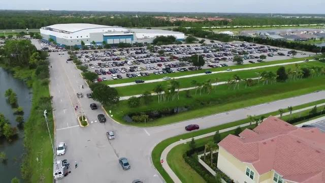 Hurricane Irma drone video: Evacuees arrive at Florida shelter