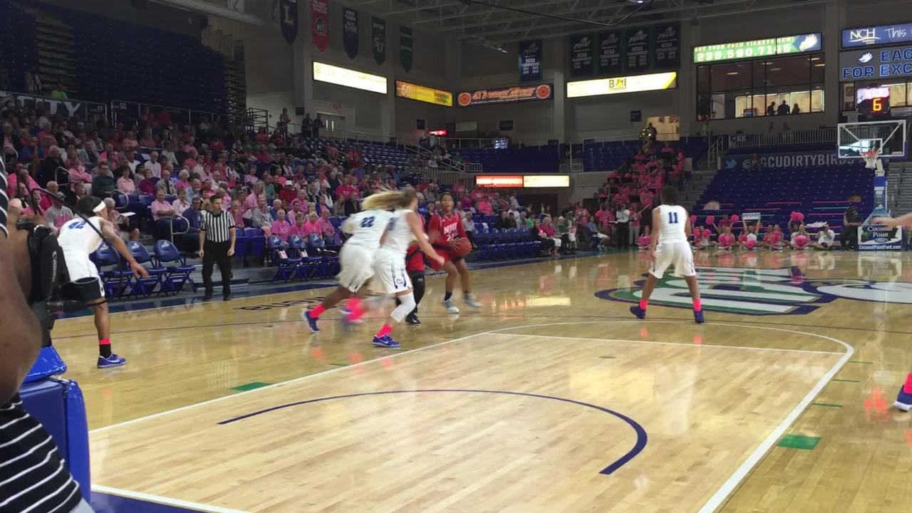 Top-ranked FGCU made it 2-0 in the ASUN w/an easy win against NJIT on Saturday. A taste. (Video by Dana Caldwell/Naples Daily News)