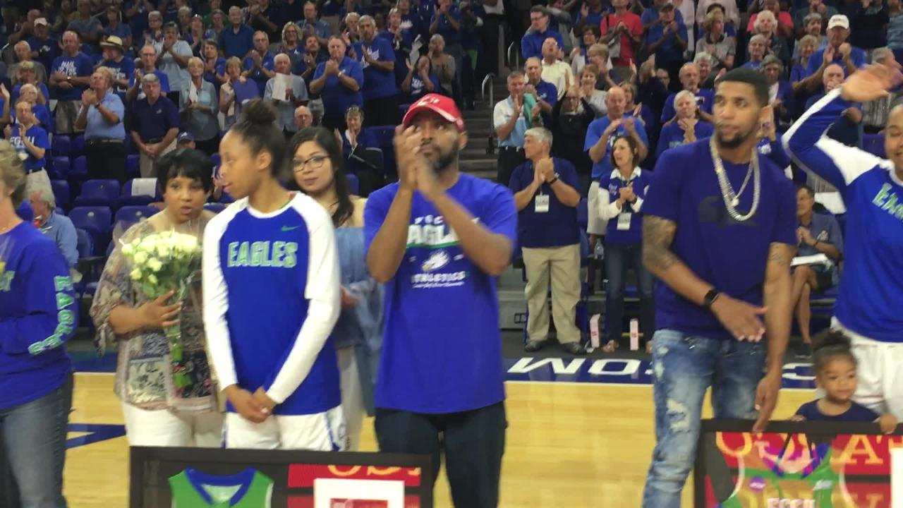 FGCU honored its five seniors -- Jessica Cattani, China Down, Taylor Gradinjan, Rosemarie Julien and Erica Nelson -- before Saturday's home tip vs. Lipscomb. All five started. (Video by Dana Caldwell/Naples Daily News)