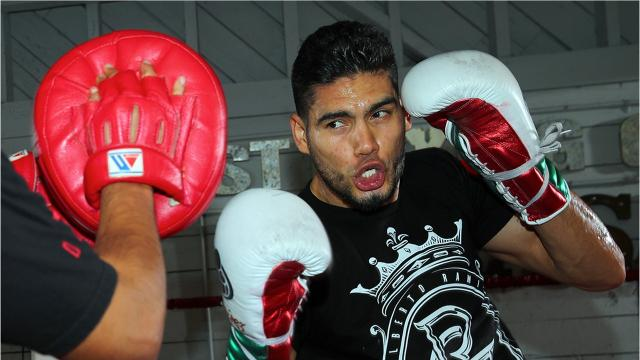 "Gilberto ""Zurdo"" Ramirez continues preparation for his world title defense in Corpus Christi on Feb. 3."