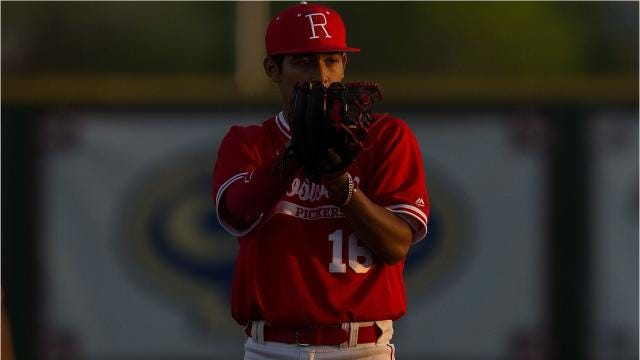 Another classic: Robstown tops rival Sinton in 10 innings