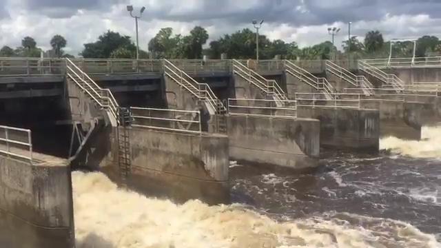 Irma: Water discharged from Lake Okeechobee